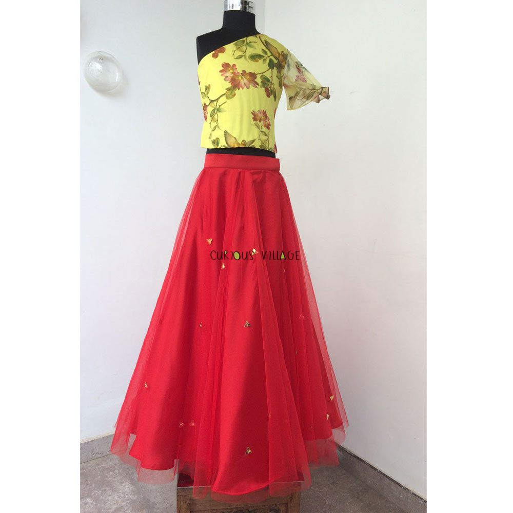 bb336e2bbc7149 ... SKIRT WITH SEQUINS AND ONE SHOULDER PRINTED ORGANZA TOP. Click ...